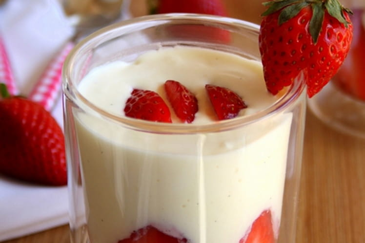 Verrines façon fraisier
