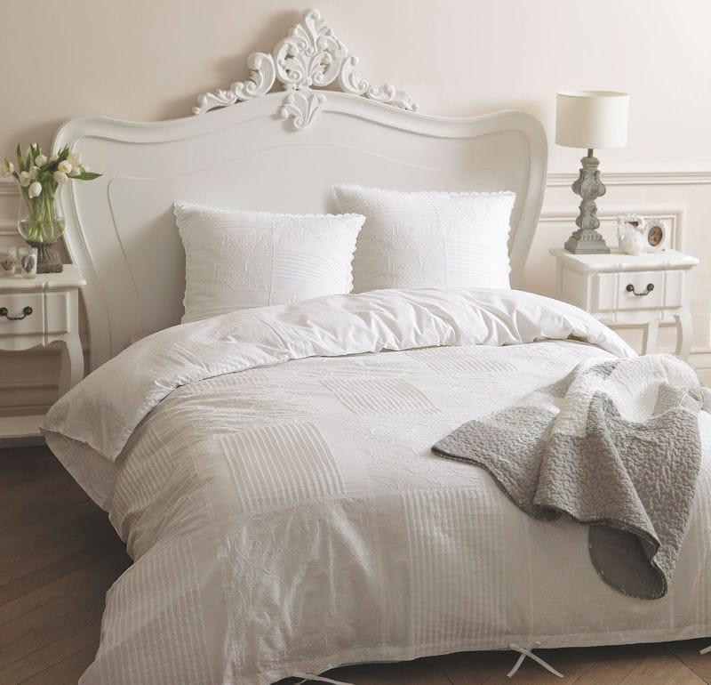 parure dentelle de maisons du monde. Black Bedroom Furniture Sets. Home Design Ideas