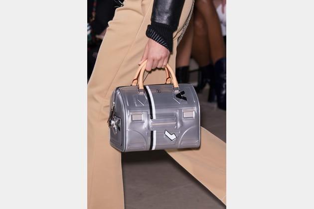 Louis Vuitton (Close Up) - photo 30