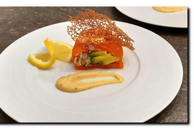 Avocat aux crevettes façon sushi rolls