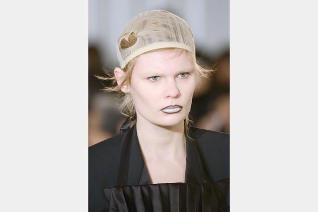 Le bonnet filet du défilé Maison Margiela