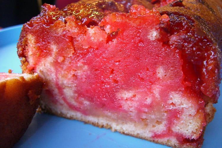Cake aux fraises Tagada et sucre vanillé