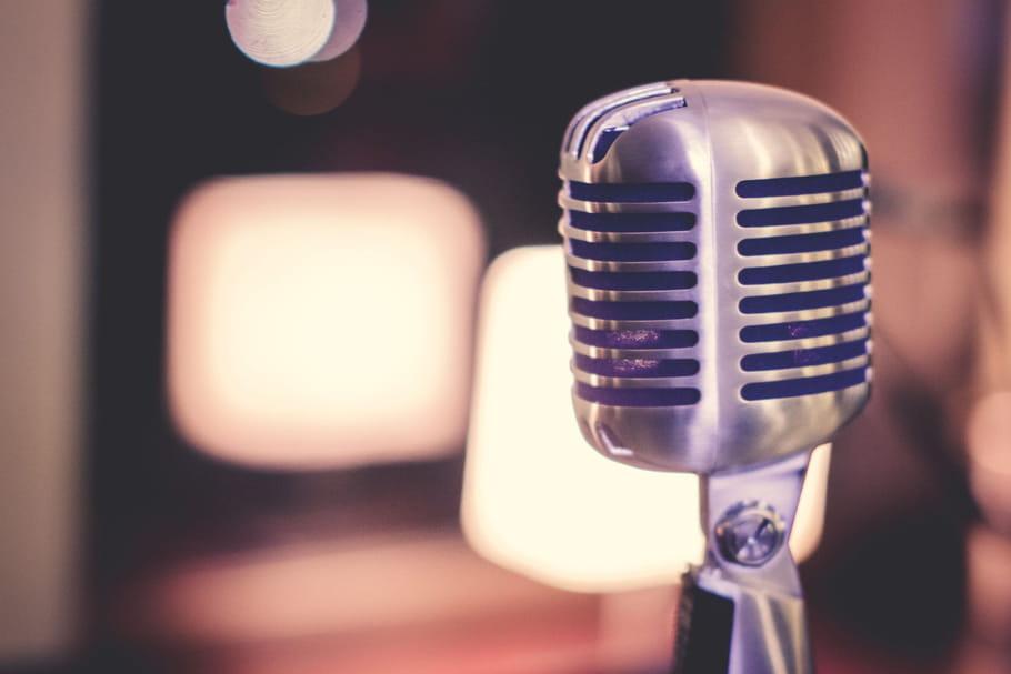 Les podcasts à l'écoute de la mode: analyse d'un phénomène