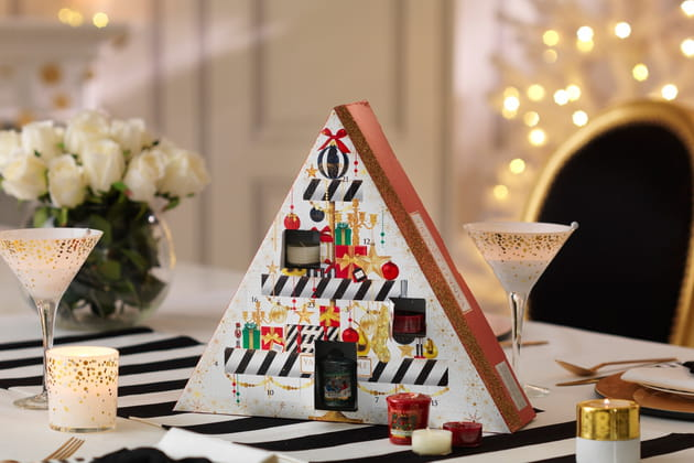 calendrier pyramide de bougies par yankee candle. Black Bedroom Furniture Sets. Home Design Ideas