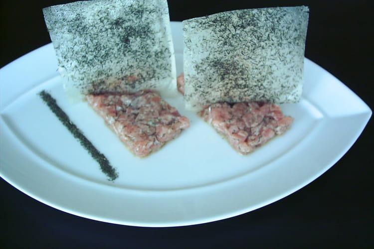 Tartare de saumon croustillant à l'aneth