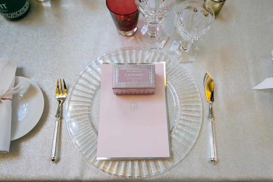 cadeaux-mariage-invite-macarons-la-duree