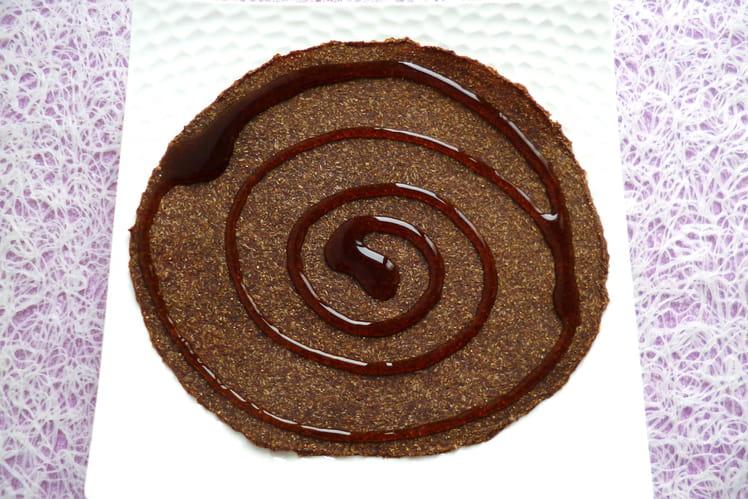 Pancake cru végan pomme pruneau avoine nappé chocolat