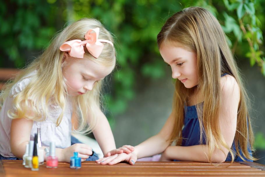 Méfiance avec le maquillage pour enfants