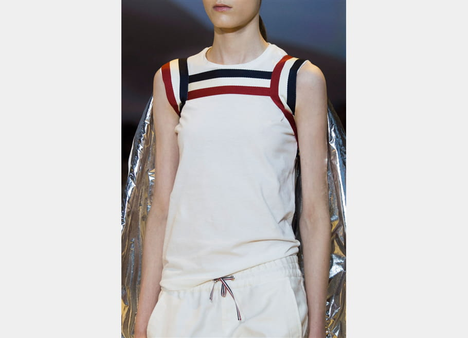 Moncler Gamme Rouge (Close Up) - photo 10