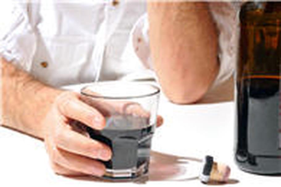 Alcoolisme : le baclofène enfin étudié