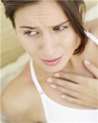 méfiez-vous aussi de la climatisation qui peut assécher les gorges fragiles.