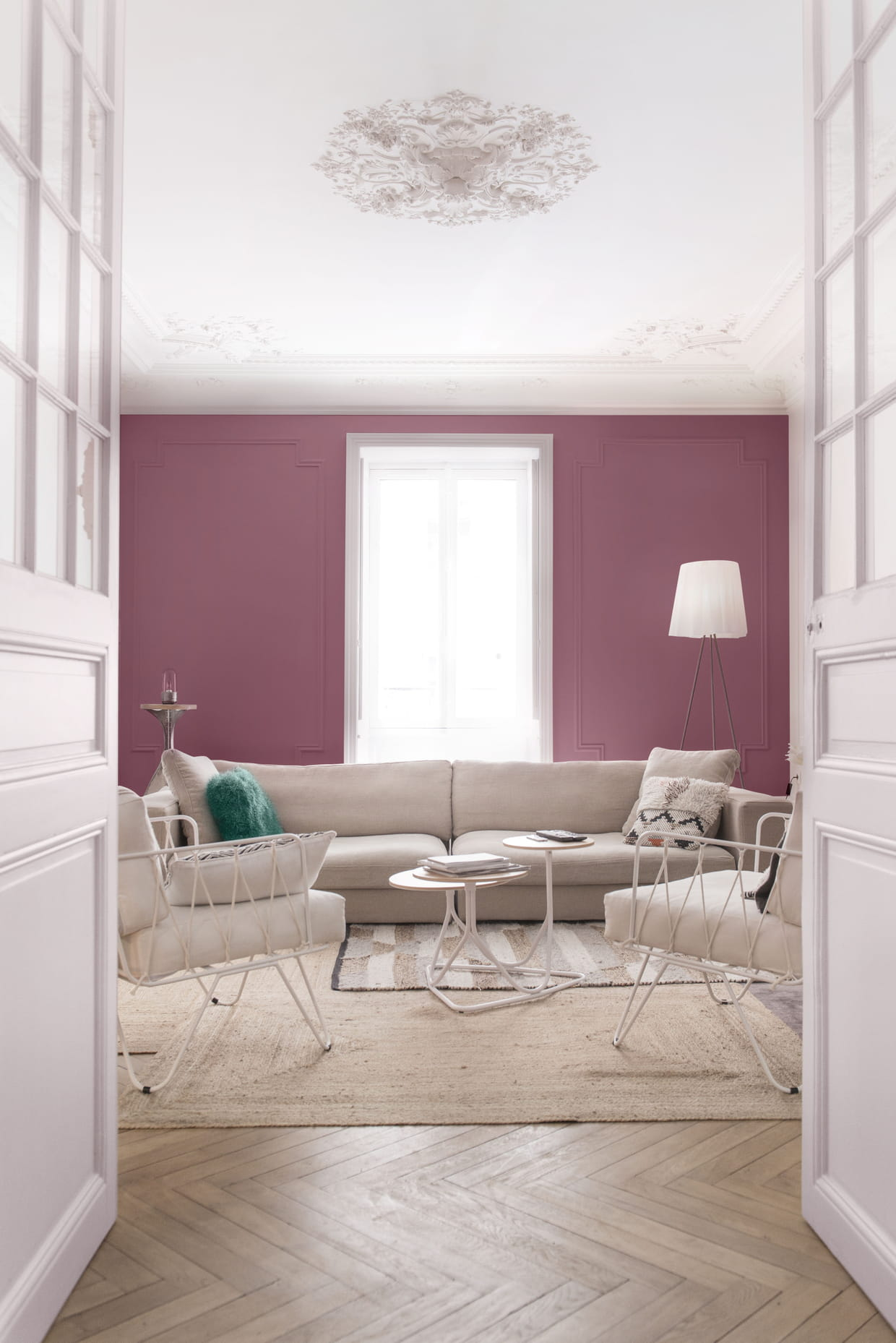 peinture ondi pur velours prune de zolpan. Black Bedroom Furniture Sets. Home Design Ideas