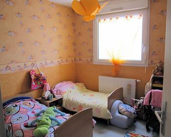 une chambre de princesse pour des jumelles. Black Bedroom Furniture Sets. Home Design Ideas