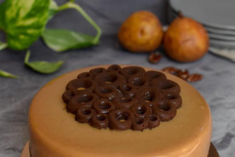 Entremets : poire & noix de pécan