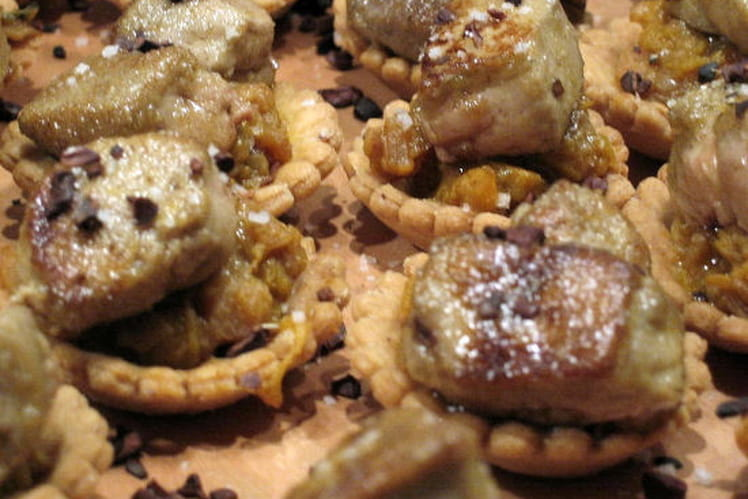 Mini-tartelettes au chutney et au foie gras