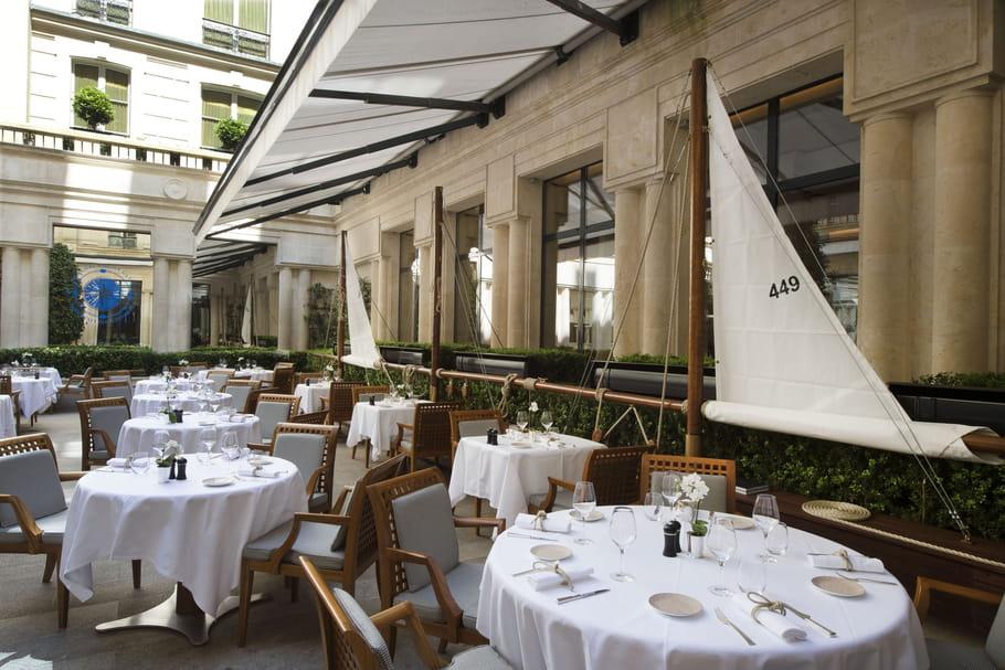 La terrasse du Park Hyatt Vendôme prend ses quartiers d'été