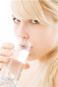 1,5 l d'eau par jour, l'été comme l'hiver.