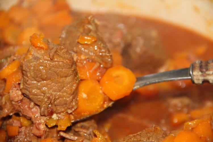 Daube de bœuf carottes au vin blanc