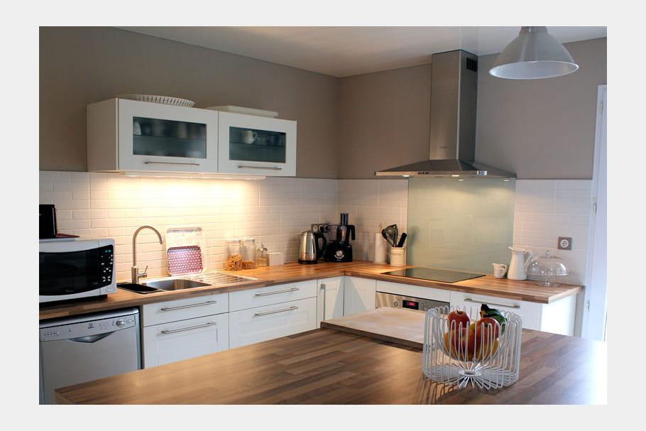 Cuisine ikea bois et blanc - Ikea plan de travail bois ...