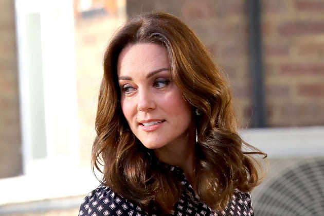 Kate Middleton: le mi-long bouclé