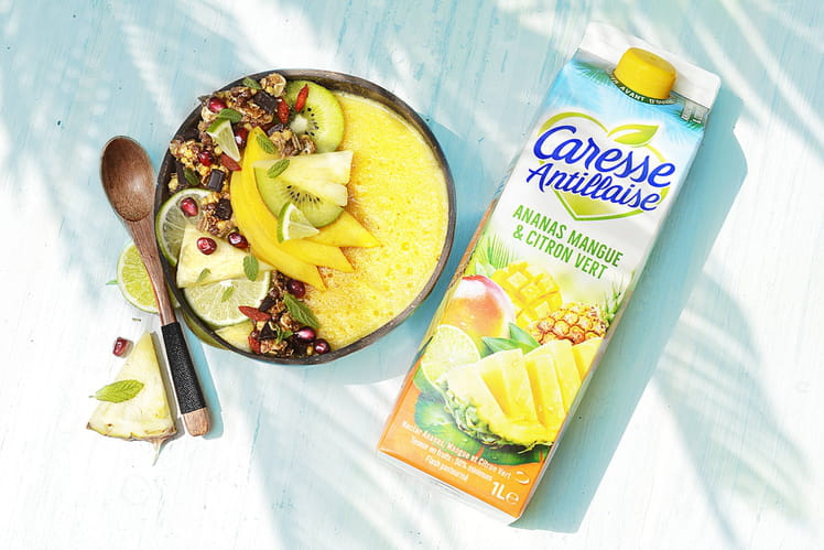 Smoothie bowl Ananas mangue et citron vert