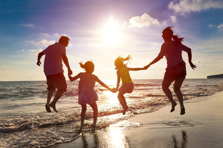 Départ en vacances: l'Etat finance des chèques vacances tourisme pour cet été