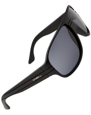 des lunettes branchées à porter à la mer comme à la montagne.