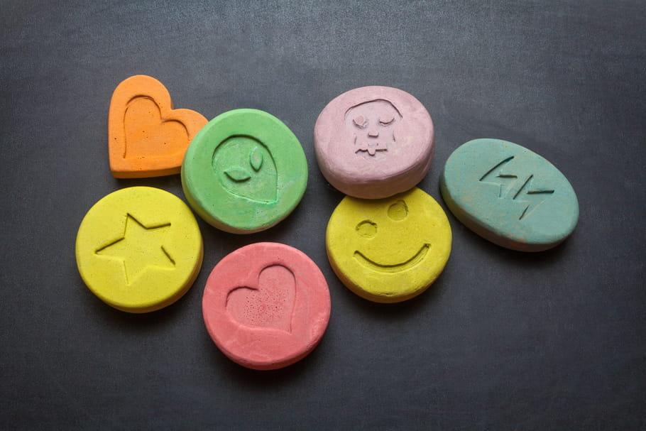 """Ecstasy: composition, effets de la """"drogue de l'amour"""""""