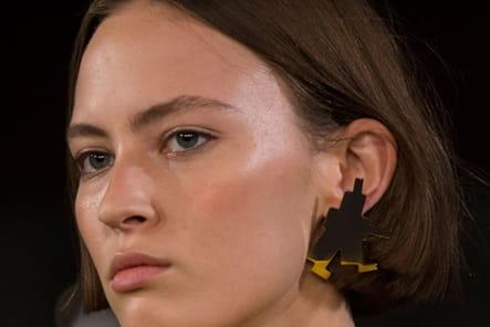 Alexis Mabille (Close Up) - Printemps-été 2017