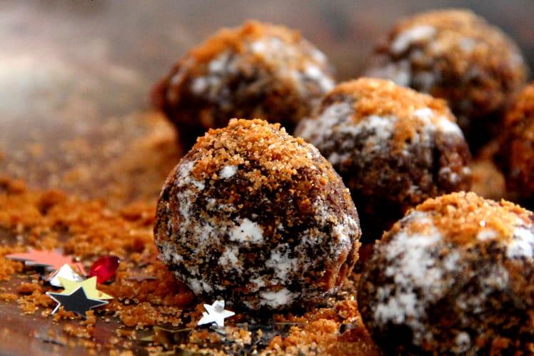 Rochers noirs à la liqueur de pistache et éclats de biscuits Speculoos