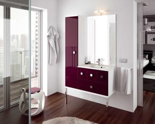 salle de bains couleur aubergine brillant d 39 aquarine. Black Bedroom Furniture Sets. Home Design Ideas