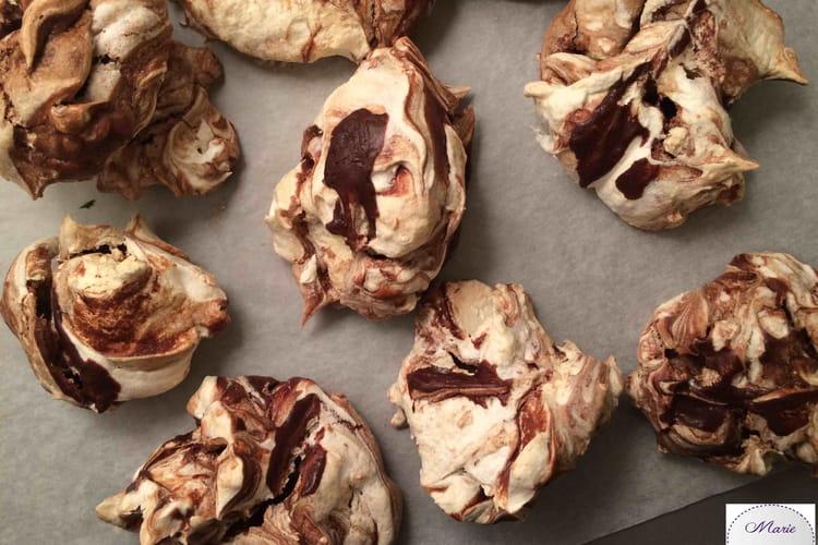 Meringues twist de chocolat