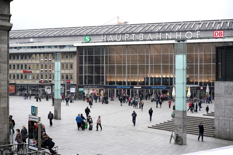 Agressions sexuelles à Cologne : 1 200 femmes victimes au Nouvel an