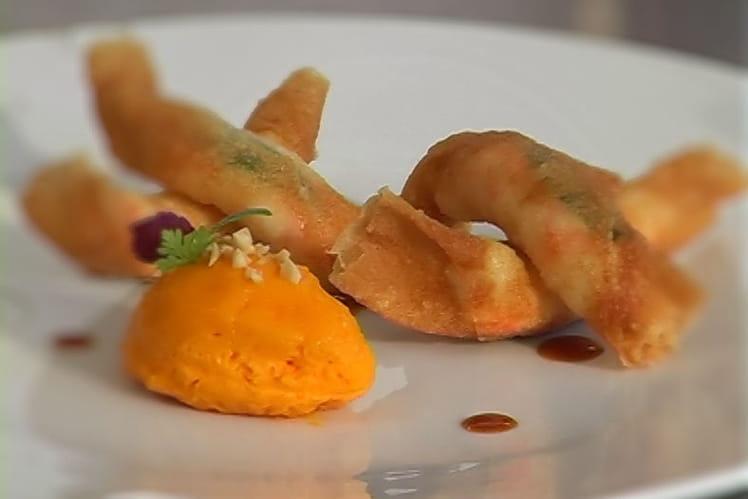 Croustillants de langoustines à la verveine, bavarois de carotte