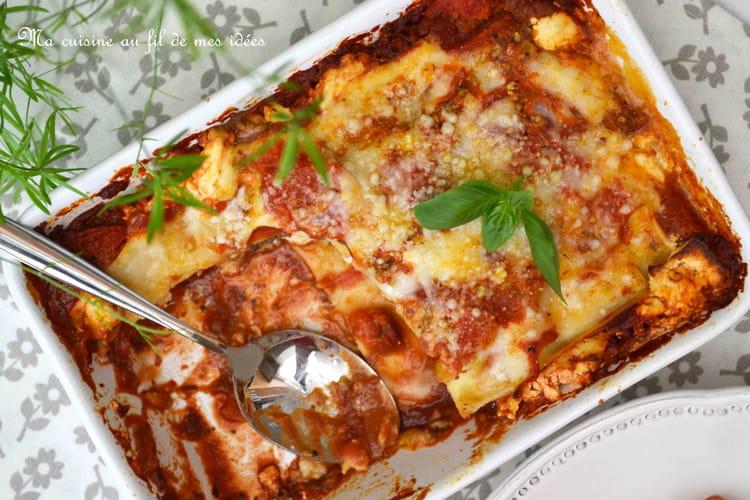 Lasagnes aux tomates fraîches, sardines, feta et basilic