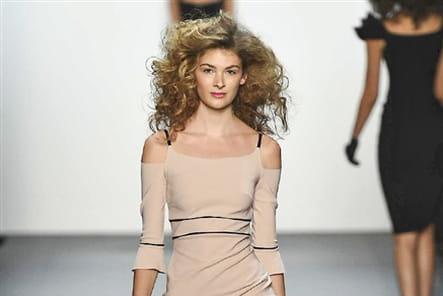 Chiara Boni La Petite Robe - passage 34
