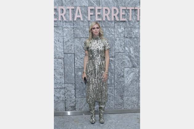 Chiara Ferragni au défilé Alberta Ferretti