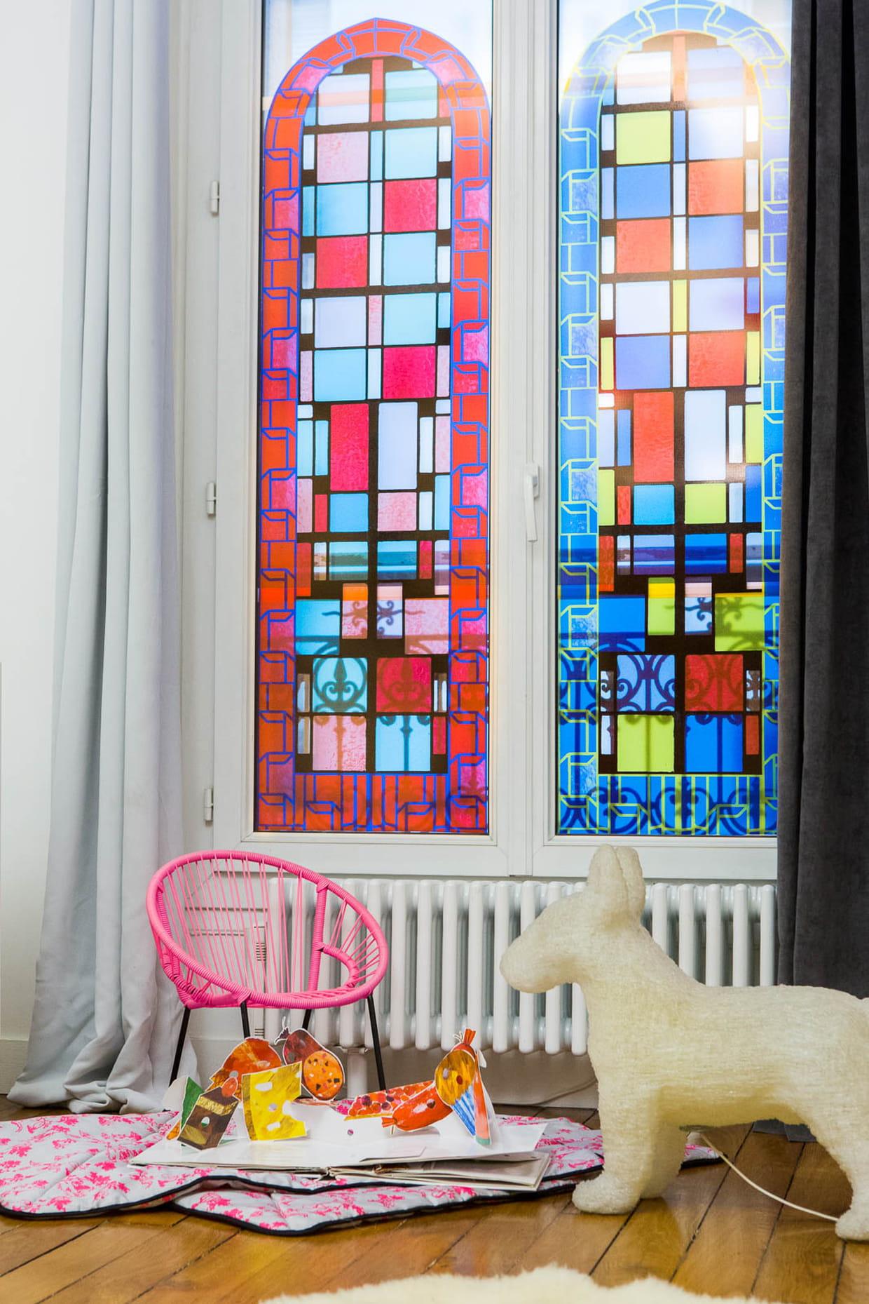 chambre d 39 enfants mixte. Black Bedroom Furniture Sets. Home Design Ideas