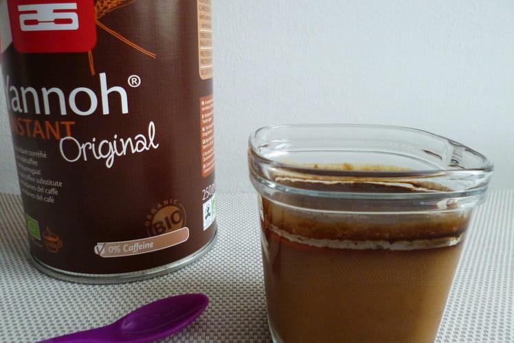 Yaourts végétaux amande au succédané de café Yannoh à 85 kcal