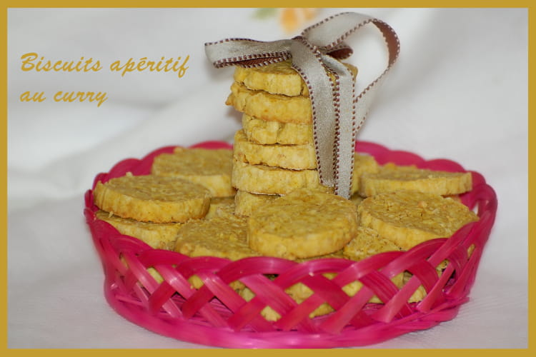 Biscuits apéritifs au curry