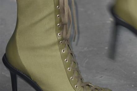 Versus (Close Up) - photo 21