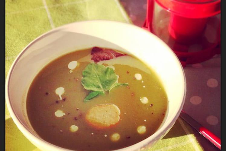 Soupe de cresson, patate douce et artichauts