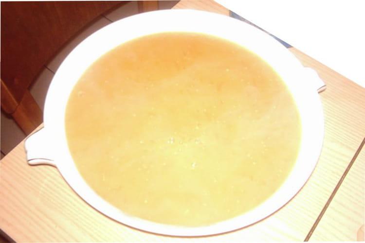 Soupe de tomates cerises et tomates poires jaunes