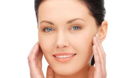 10 bonnes astuces contre la peau grasse