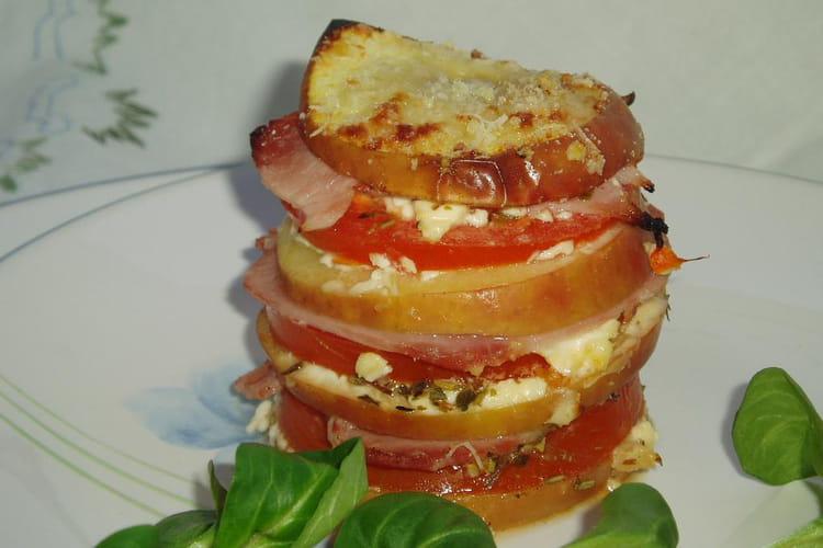 Mille-feuilles tomate, pomme et jambon