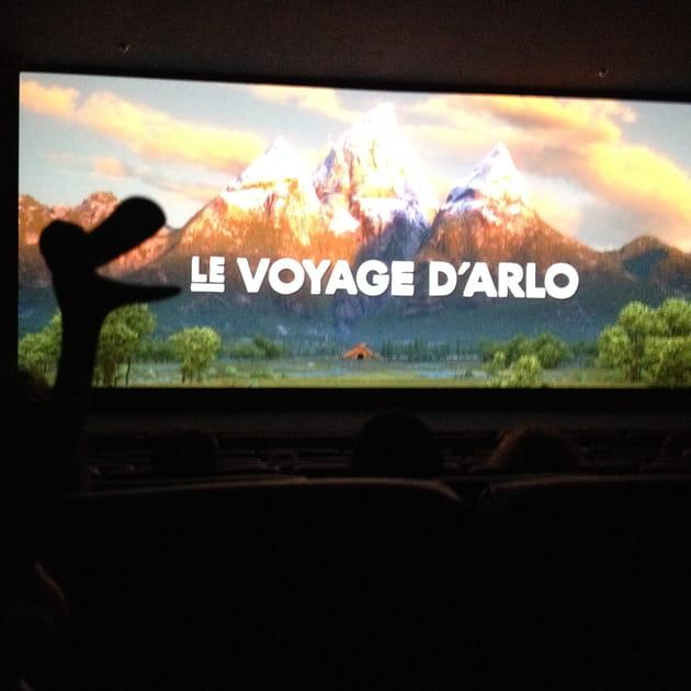 """Arlo, heureux de voir """"Le Voyage d'Arlo"""""""