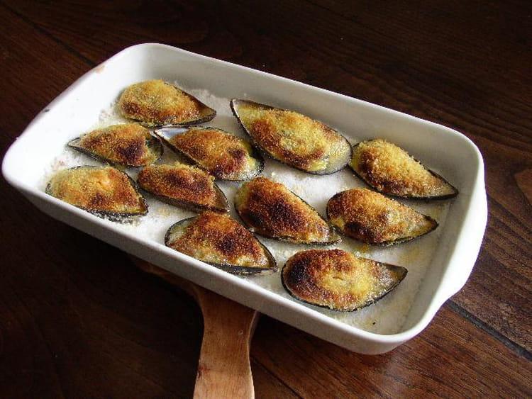 Recette de moules l 39 ail au gratin la recette facile - Recette a preparer a l avance ...