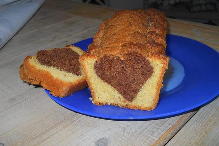 Gâteau au yaourt au chocolat coeur caché