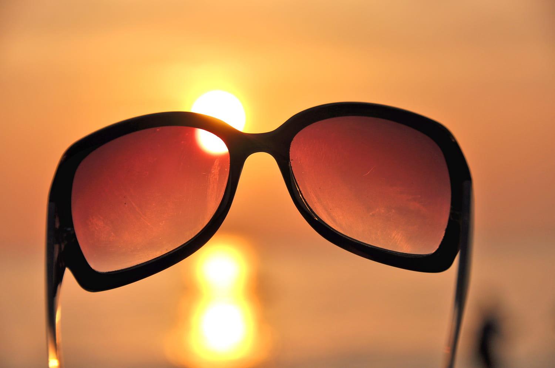 Lunettes de soleil: comment les verres solaires protègent les yeux?