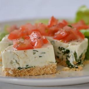 petit cheesecake au chèvre frais et basilic